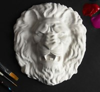 """БАРЕЛЬЕФ """"Голова льва """", белый, диаметр 18 см"""
