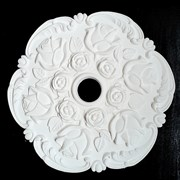 ГИПСОВАЯ РОЗЕТКА с розами, диаметр 30 см,толщина 5 см